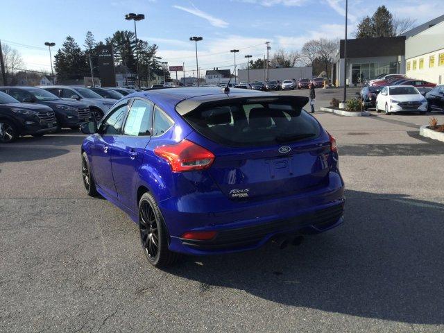 Ford Focus 2015 $19999.00 incacar.com