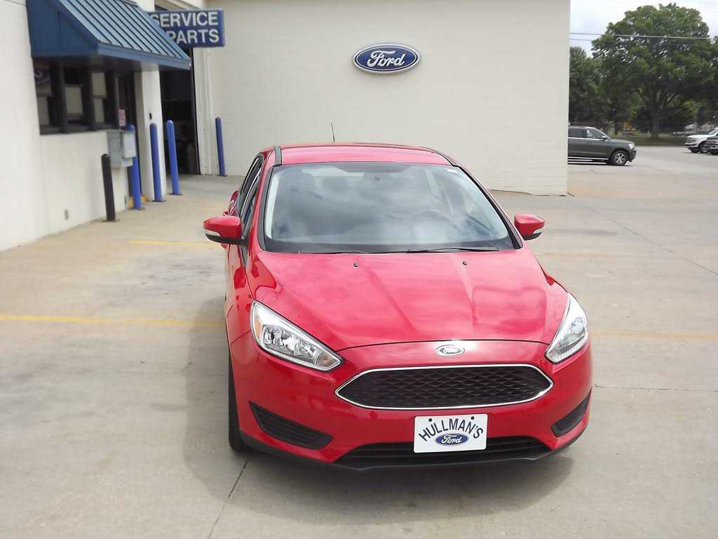 Ford Focus 2016 $12600.00 incacar.com