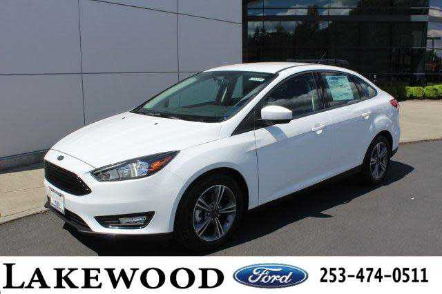 used Ford Focus 2018 vin: 1FADP3FEXJL271462