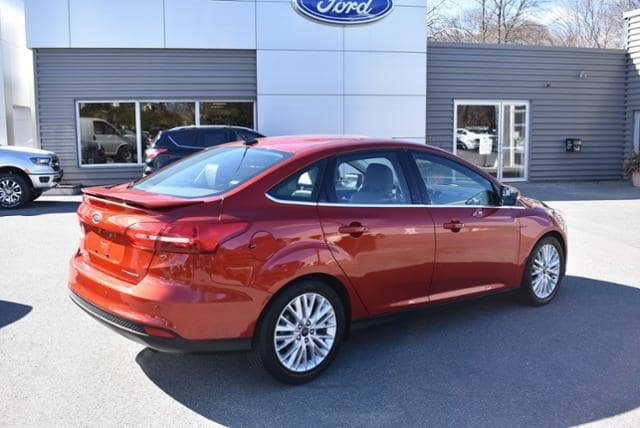 Ford Focus 2018 $15876.00 incacar.com