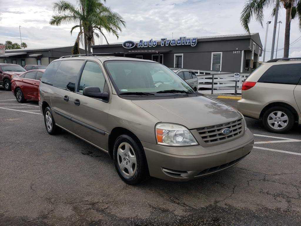 Ford Freestar 2004 $995.00 incacar.com