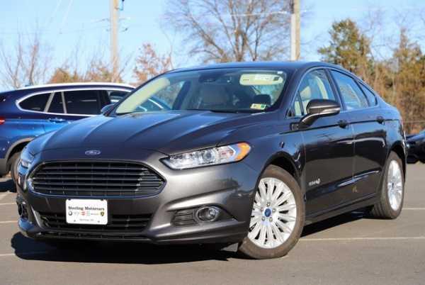 Ford Fusion 2016 $15000.00 incacar.com