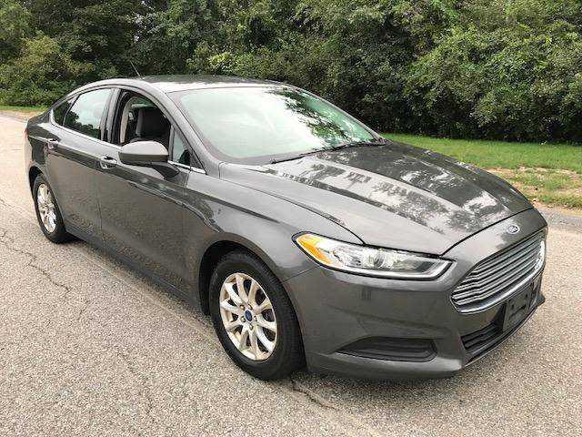 Ford Fusion 2016 $9900.00 incacar.com