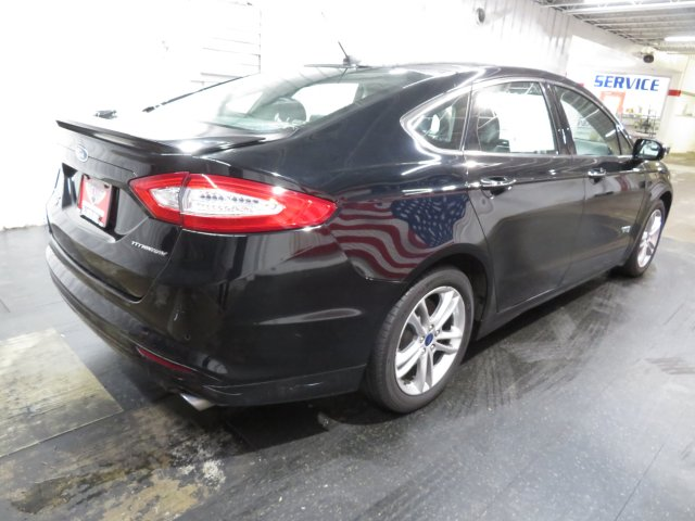 Ford Fusion 2016 $15977.00 incacar.com