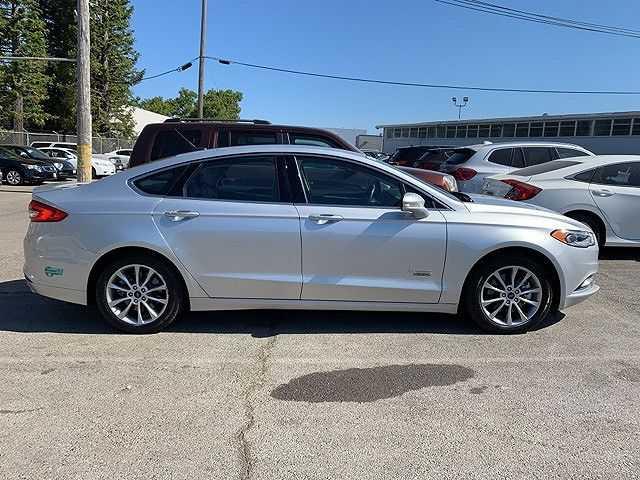 Ford Fusion 2017 $18550.00 incacar.com