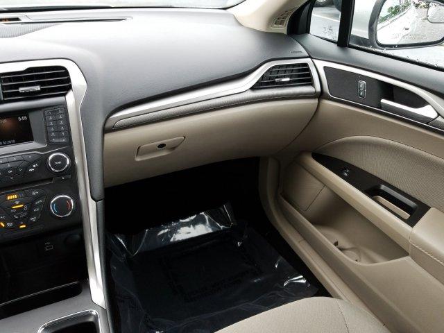 Ford Fusion 2017 $15700.00 incacar.com