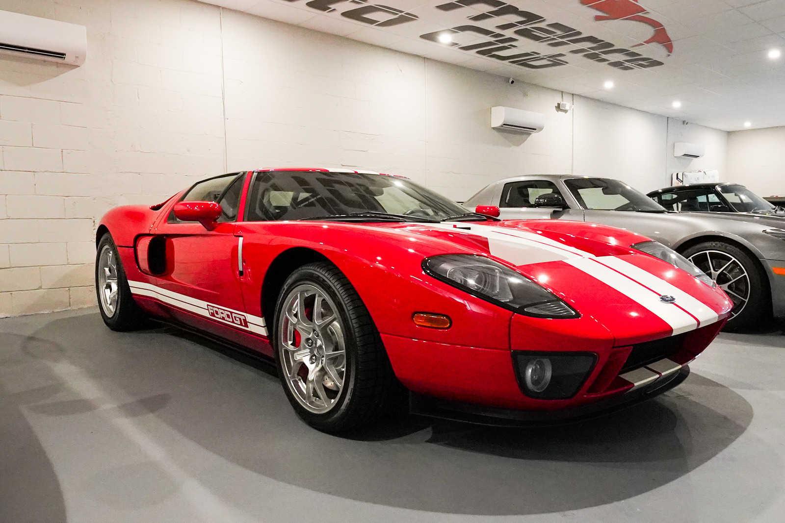 Ford GT 2005 $400000.00 incacar.com