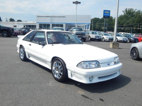 Ford Mustang 1990 $17000.00 incacar.com