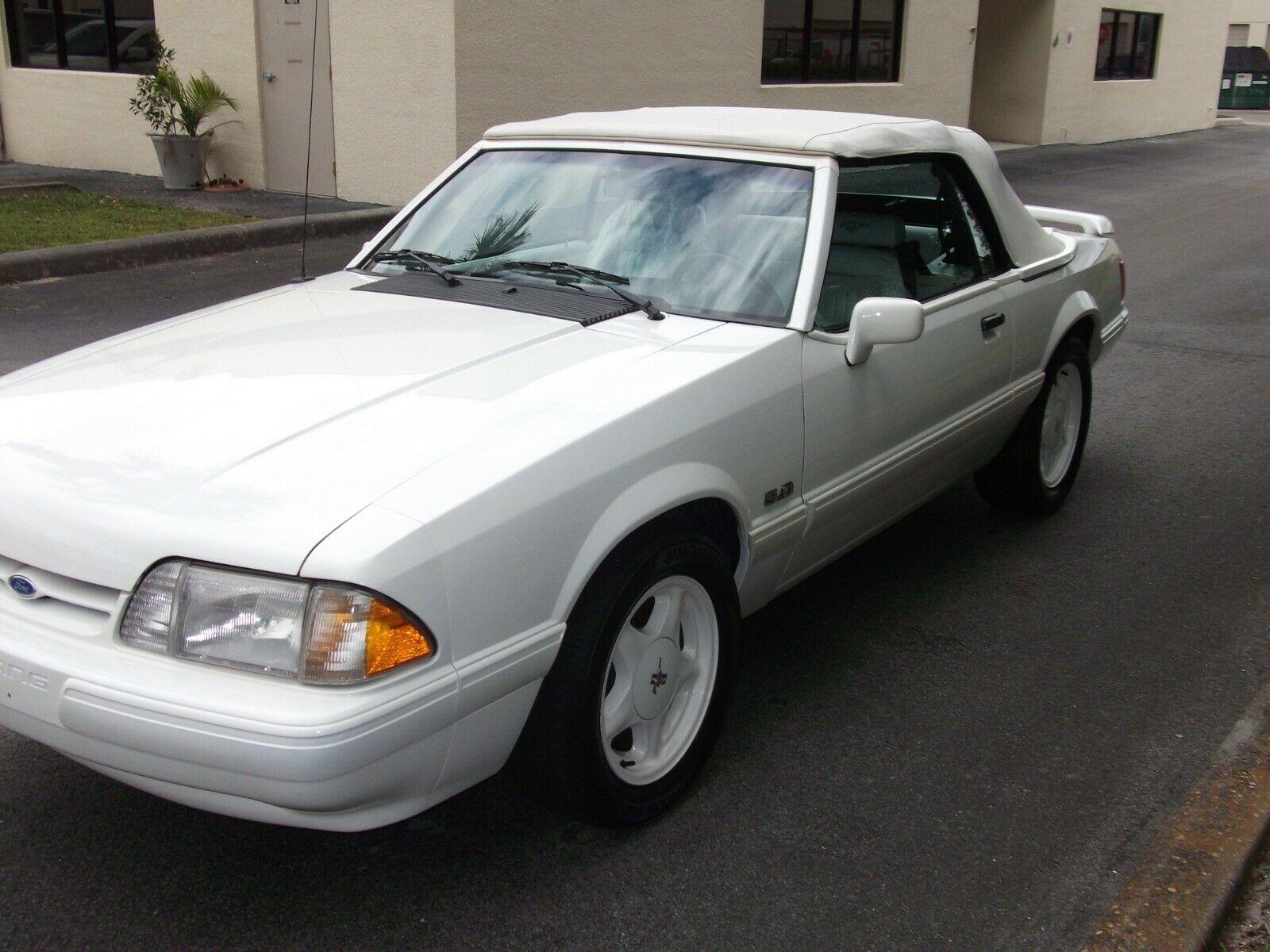 Ford Mustang 1993 $10000.00 incacar.com