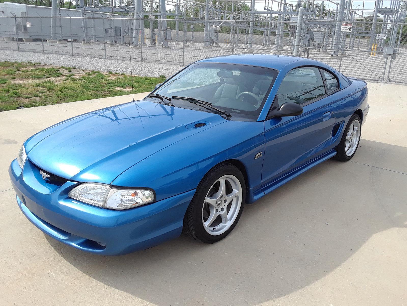 Ford Mustang 1995 $10800.00 incacar.com