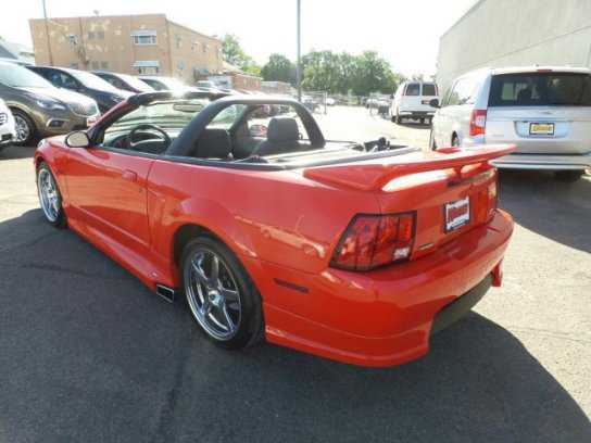 Ford Mustang 2000 $16950.00 incacar.com