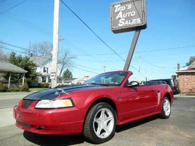 Ford Mustang 2000 $8900.00 incacar.com