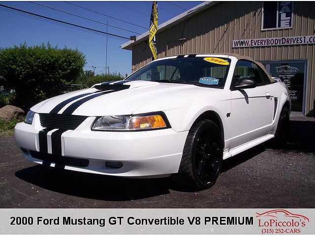 Ford Mustang 2000 $6490.00 incacar.com