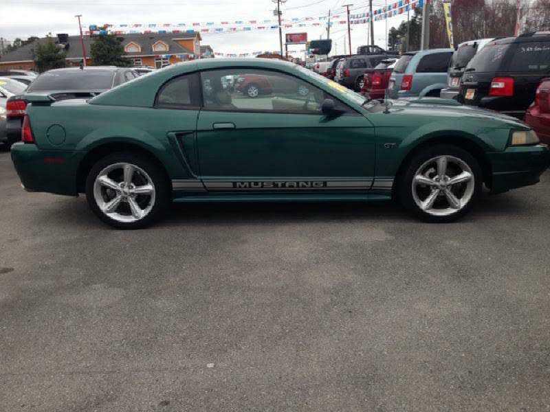 Ford Mustang 2001 $8995.00 incacar.com