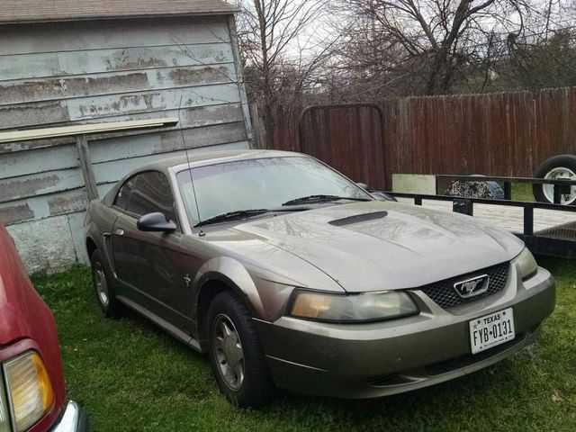 Ford Mustang 2001 $1400.00 incacar.com