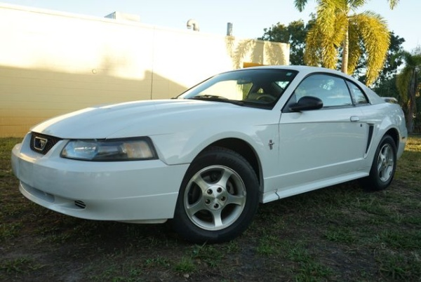 Ford Mustang 2003 $3339.00 incacar.com