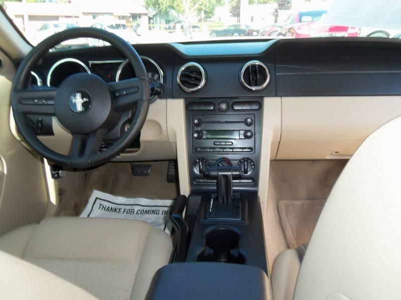 Ford Mustang 2005 $6990.00 incacar.com