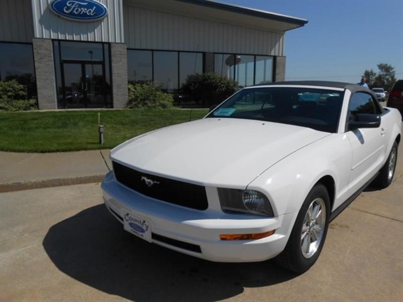 Ford Mustang 2007 $12450.00 incacar.com