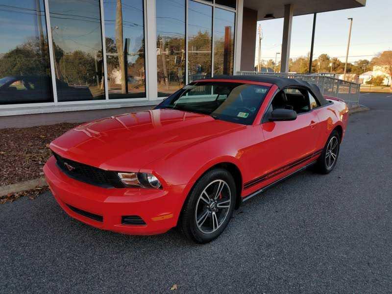 Ford Mustang 2010 $8399.00 incacar.com