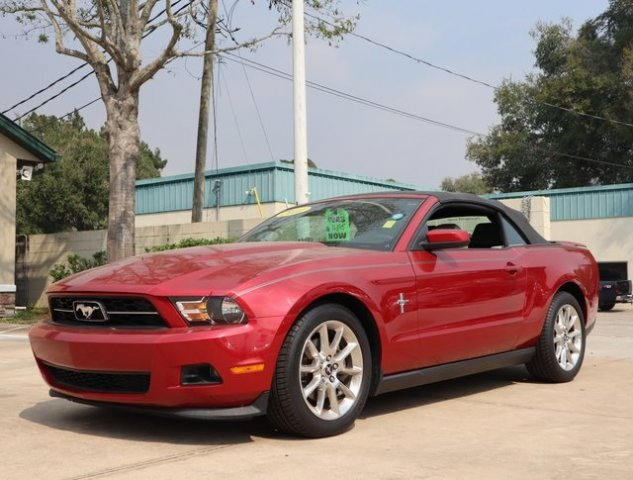 Ford Mustang 2011 $14000.00 incacar.com