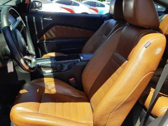 Ford Mustang 2011 $10995.00 incacar.com