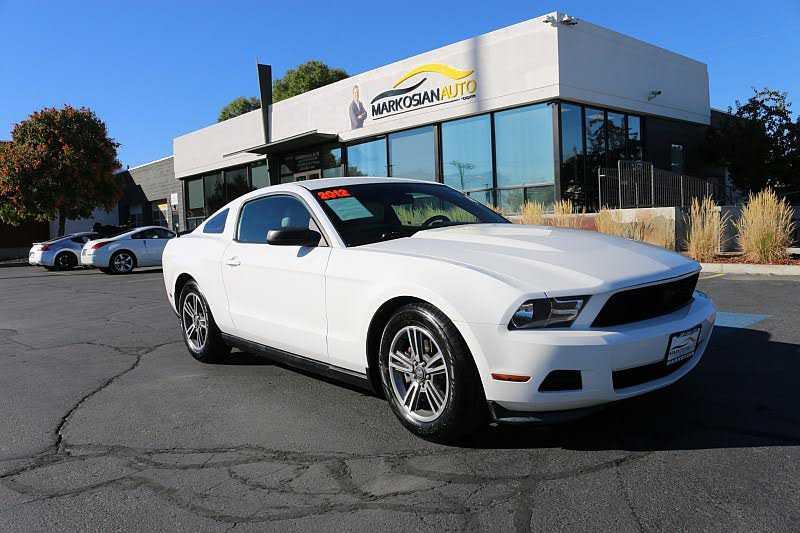 Ford Mustang 2012 $9188.00 incacar.com
