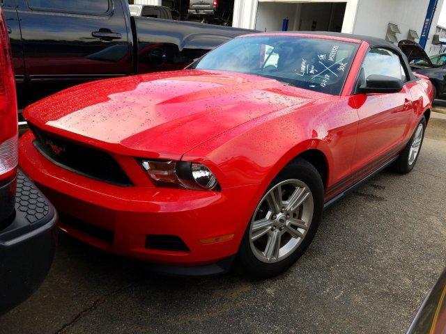 Ford Mustang 2012 $14300.00 incacar.com