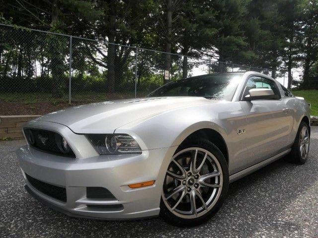 Ford Mustang 2013 $19995.00 incacar.com