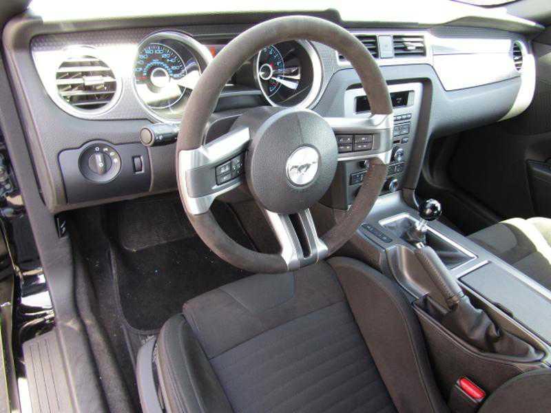 Ford Mustang 2013 $60999.00 incacar.com