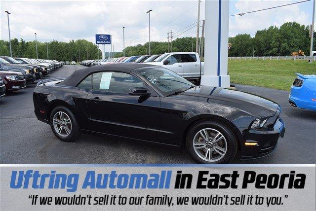 Ford Mustang 2013 $13990.00 incacar.com