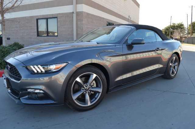 Ford Mustang 2015 $20995.00 incacar.com