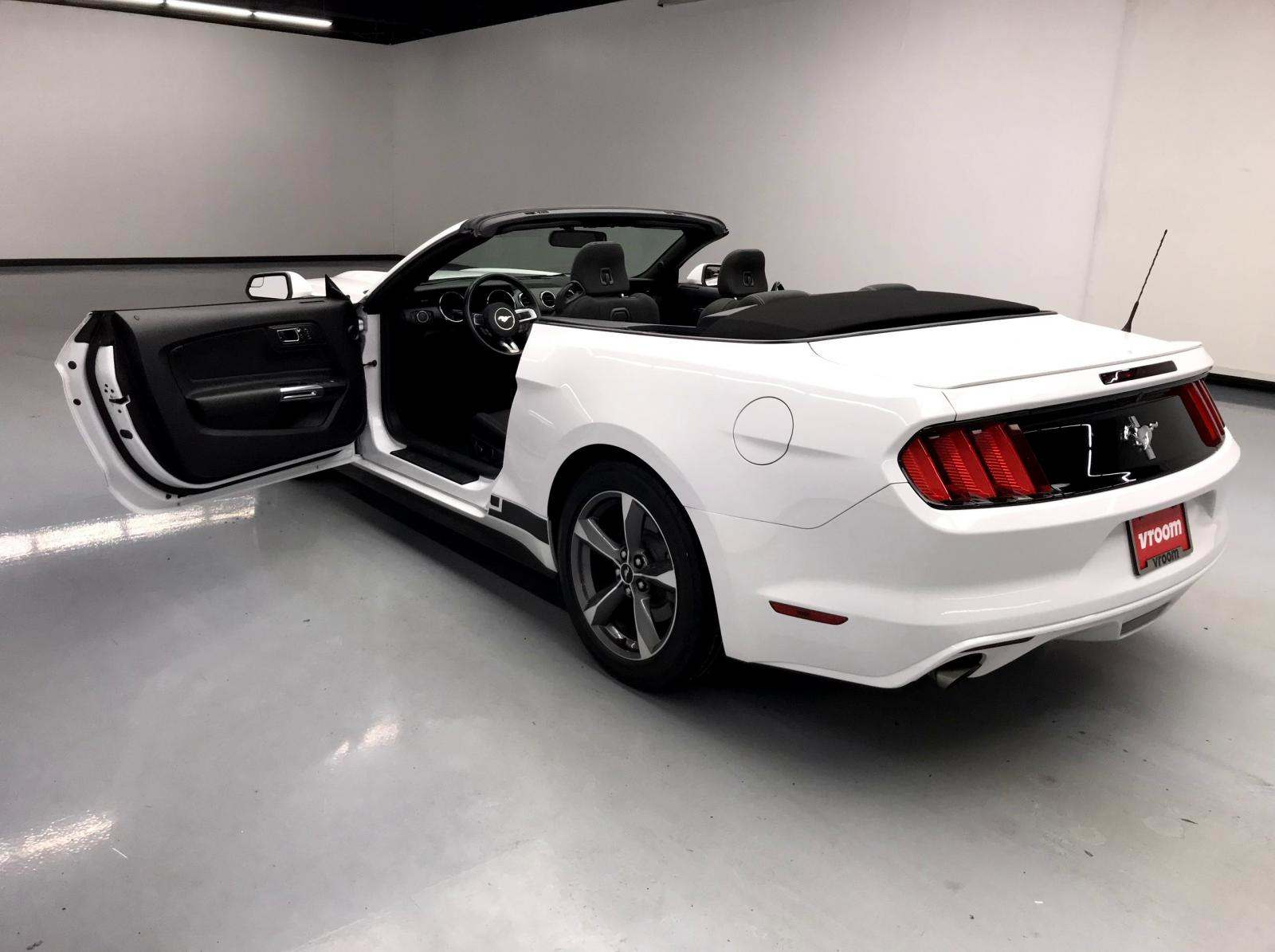 used Ford Mustang 2015 vin: 1FATP8EM1F5333571