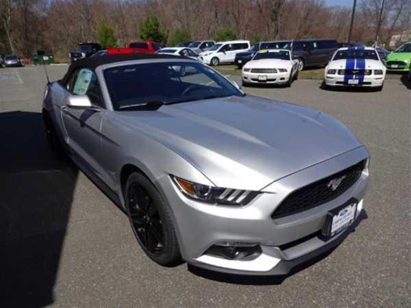 Ford Mustang 2015 $29415.00 incacar.com