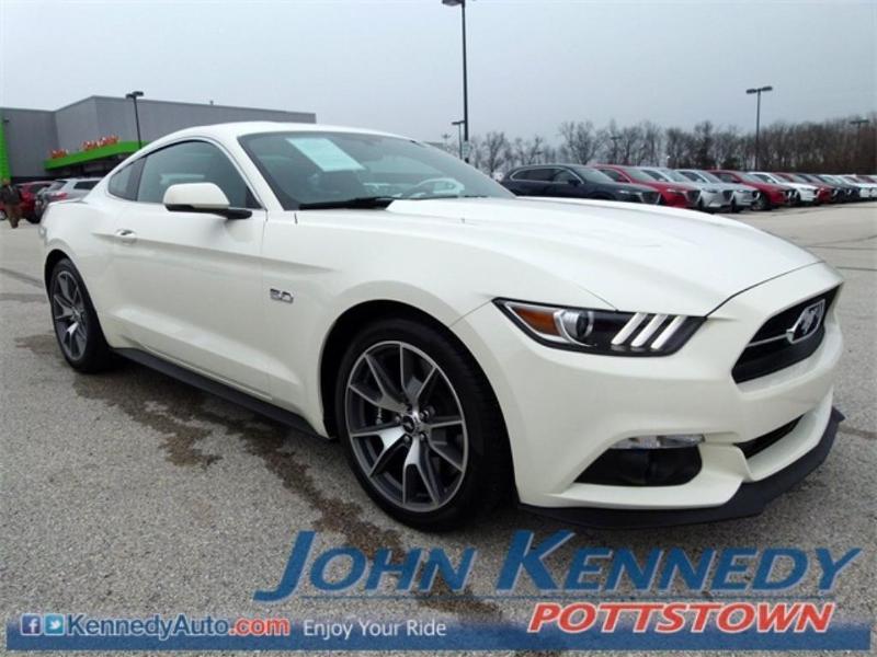 Ford Mustang 2015 $34900.00 incacar.com