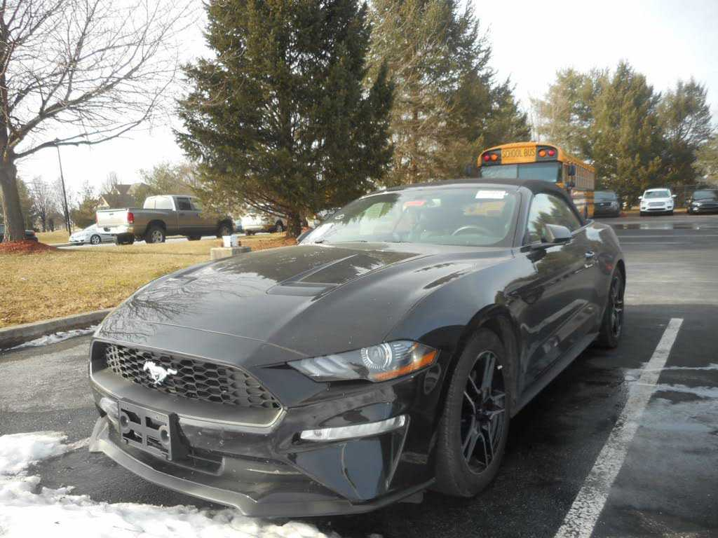 Ford Mustang 2018 $26791.00 incacar.com