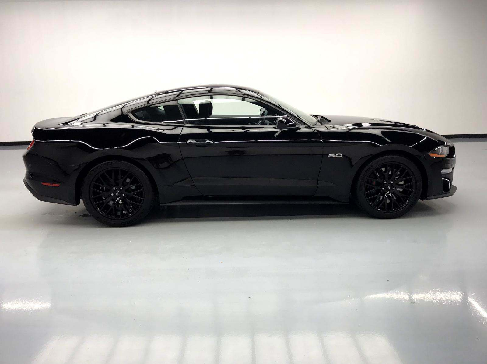 used Ford Mustang 2018 vin: 1FA6P8CF7J5112485