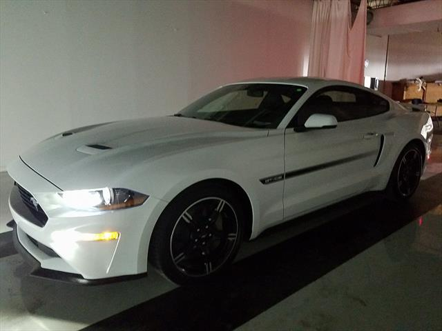 used Ford Mustang 2019 vin: 1FA6P8CF7K5135802