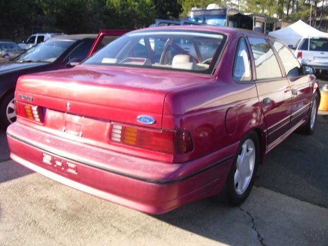 Ford Taurus 1991 $3999.00 incacar.com