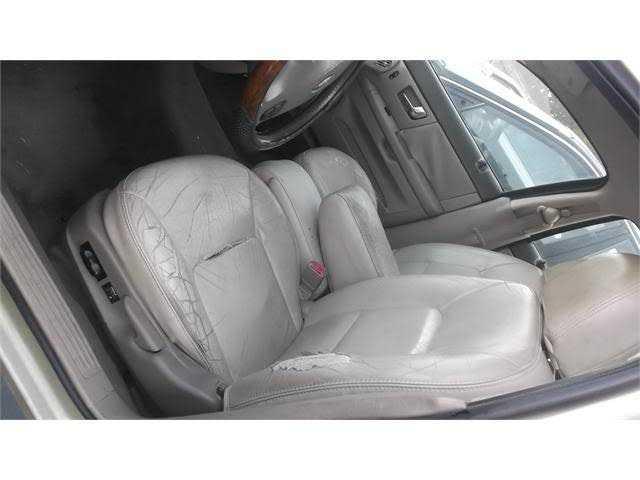 Ford Taurus 2000 $2000.00 incacar.com