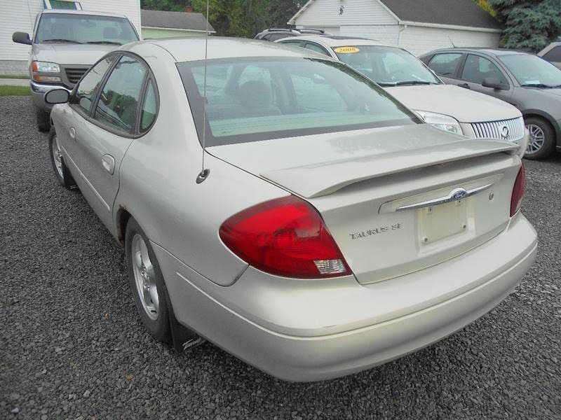 Ford Taurus 2003 $1450.00 incacar.com