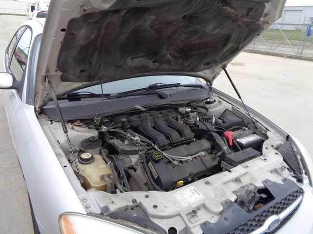 Ford Taurus 2003 $1600.00 incacar.com