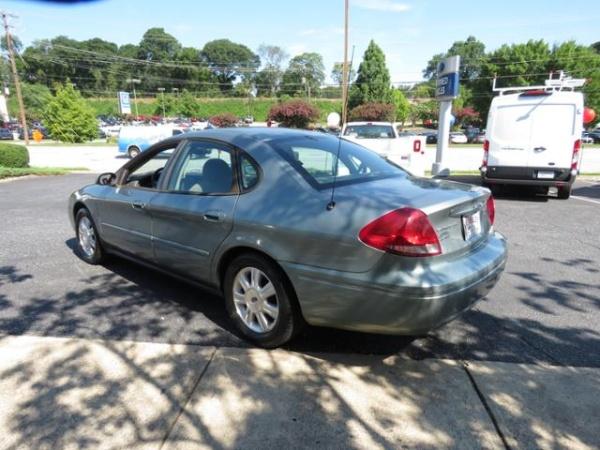 Ford Taurus 2005 $1500.00 incacar.com