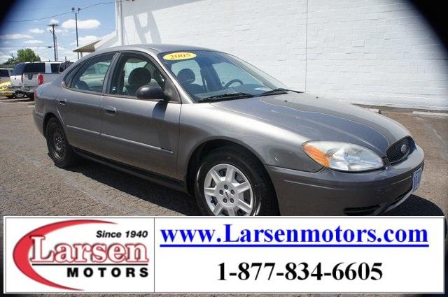 Ford Taurus 2005 $3450.00 incacar.com