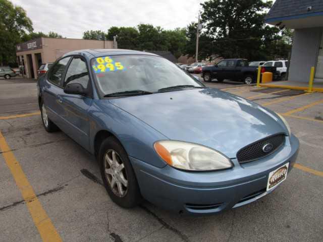 Ford Taurus 2006 $995.00 incacar.com