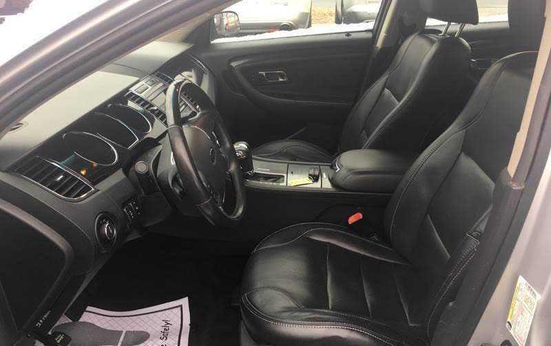 Ford Taurus 2011 $8495.00 incacar.com