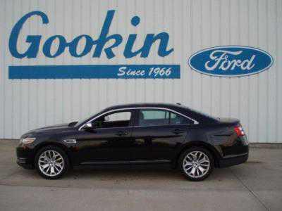 Ford Taurus 2016 $20995.00 incacar.com