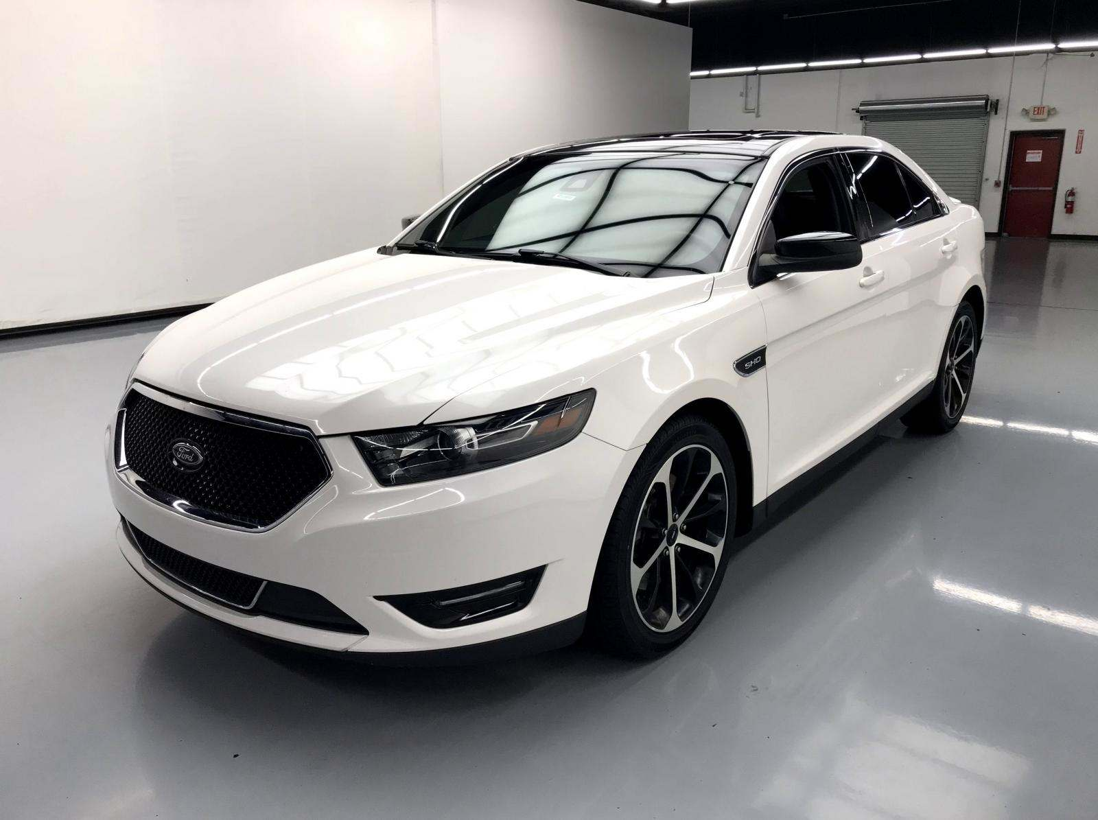 used Ford Taurus 2016 vin: 1FAHP2KT2GG131360