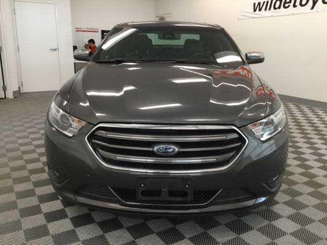 Ford Taurus 2018 $19500.00 incacar.com