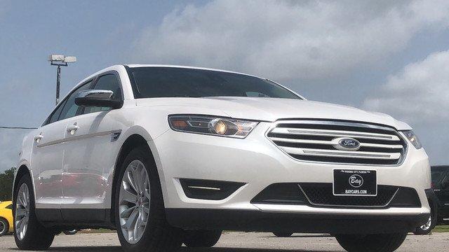 Ford Taurus 2018 $23998.00 incacar.com