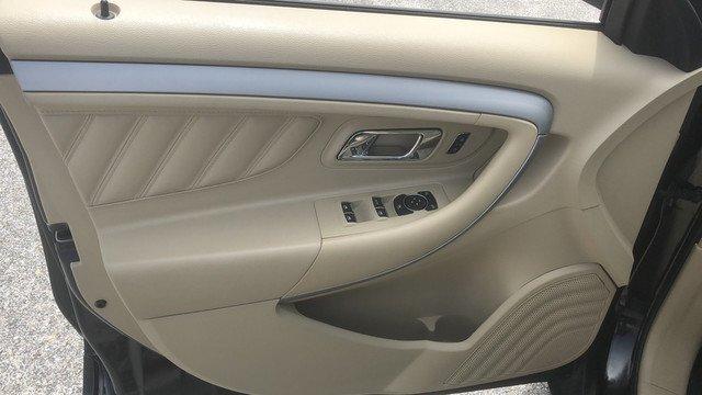 used Ford Taurus 2018 vin: 1FAHP2H89JG116218